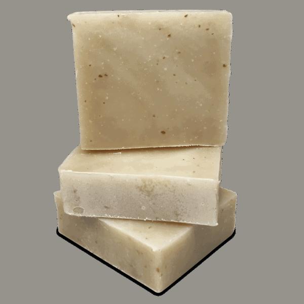 Stack Jabón artesanal de avena y miel 4.25 oz de Caribbean Soaps hecho en Puerto Rico